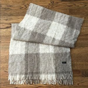J Crew scarf/shawl in excellent condition